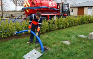 How to handle septic tanks at home